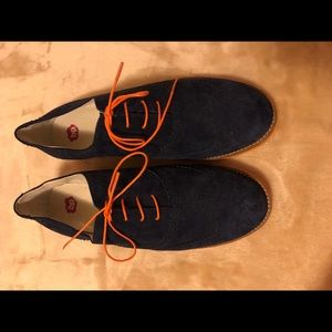 Never worn oxfords!!